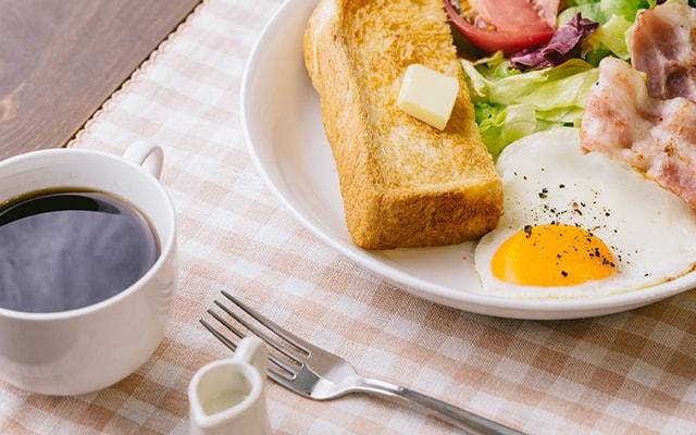 ご宿泊のお客様・朝食無料