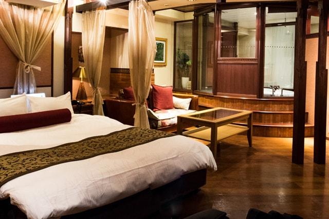ホテルグディグディ701号室